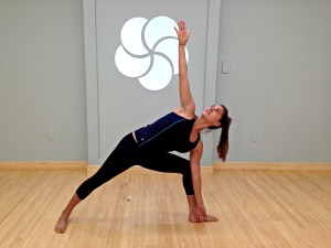 yoga pose, extended side angle picture, image, yoga classes online, MyYogaWorks